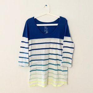 3/$20 Gap Essential Soft V Striped 3/4 Sleeve Top